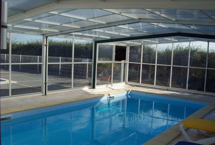 Camping avec piscine couverte br tignolles sur mer Camping ouvert toute l annee avec piscine couverte