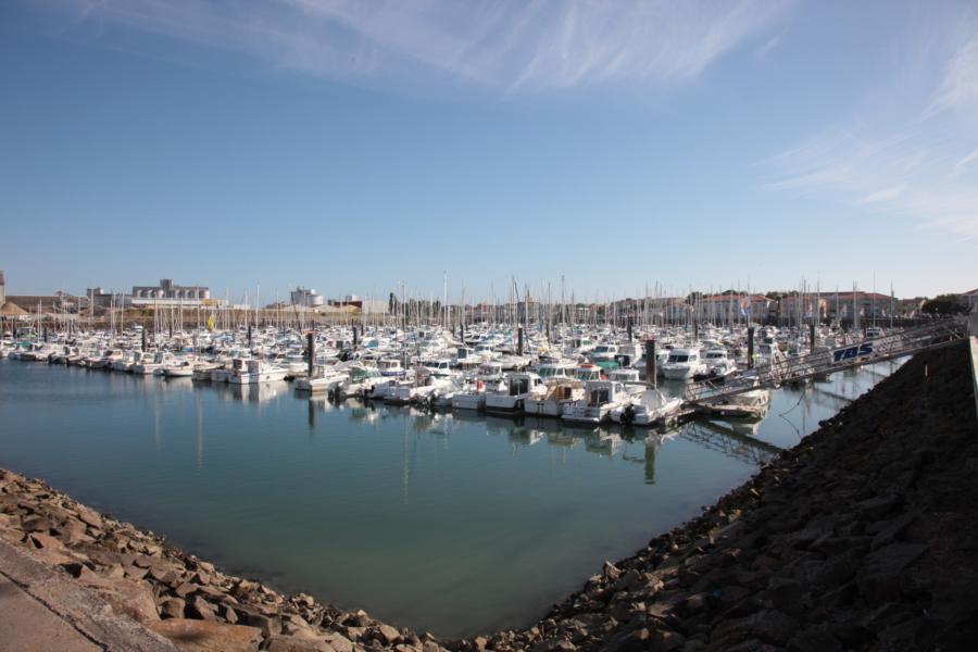 port des Sables d'Olonne proche camping VACAF
