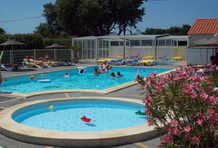camping calme avec piscine proche de Saint Gilles Croix de Vie